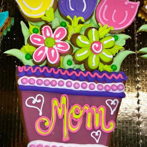 2019 MOTHERS DAY FLOWER POT.jpg