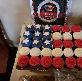 Cupcakes American Flag Display 20181002_