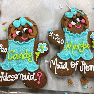 2019 bridesmaid cookies IMG_4617_edited.