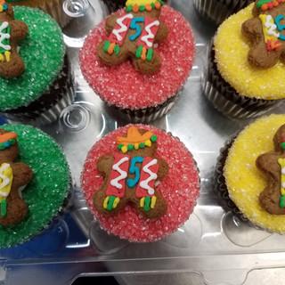 GB Cupcakes Cinco de Mayo 20170430_07355