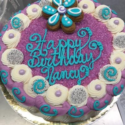 Simple adult cake with sugar.jpg