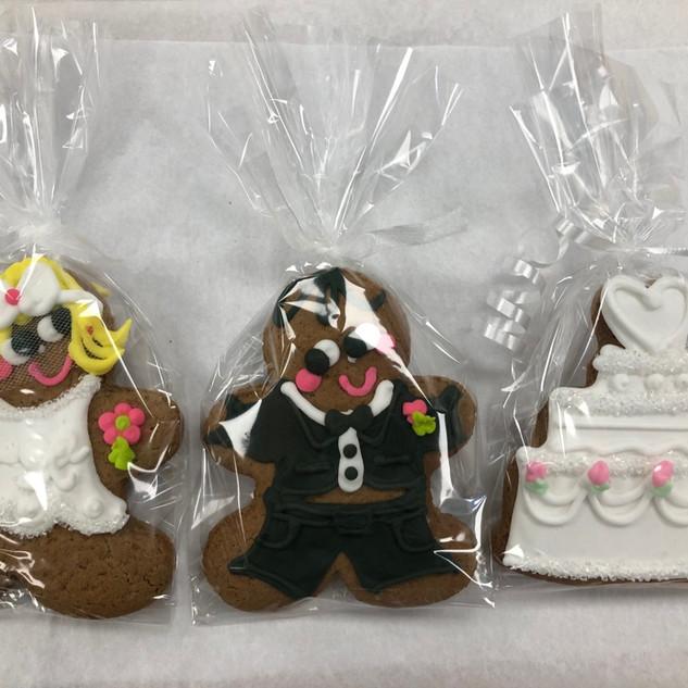GB Bride Groom & Cake wrapped 2019 IMG_4