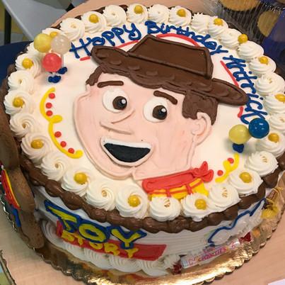Toy Story Woody theme birthday cake_edit