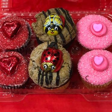valentines day cupcakes .jpg
