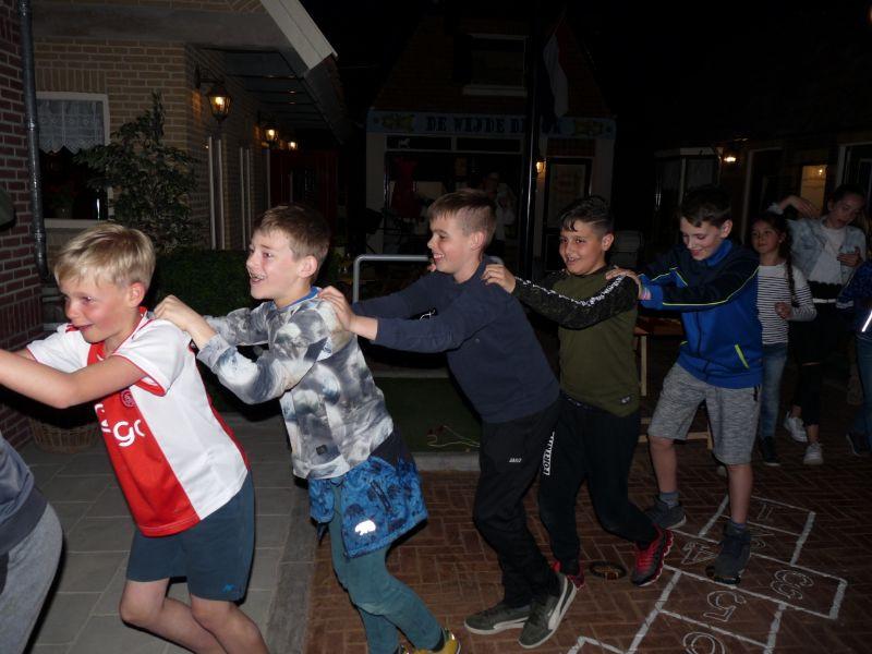 1. Kinderfeestje Polonaise