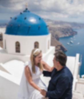 Ensaio de fotos em Santorini do lindo casal Claudia e Maurillo