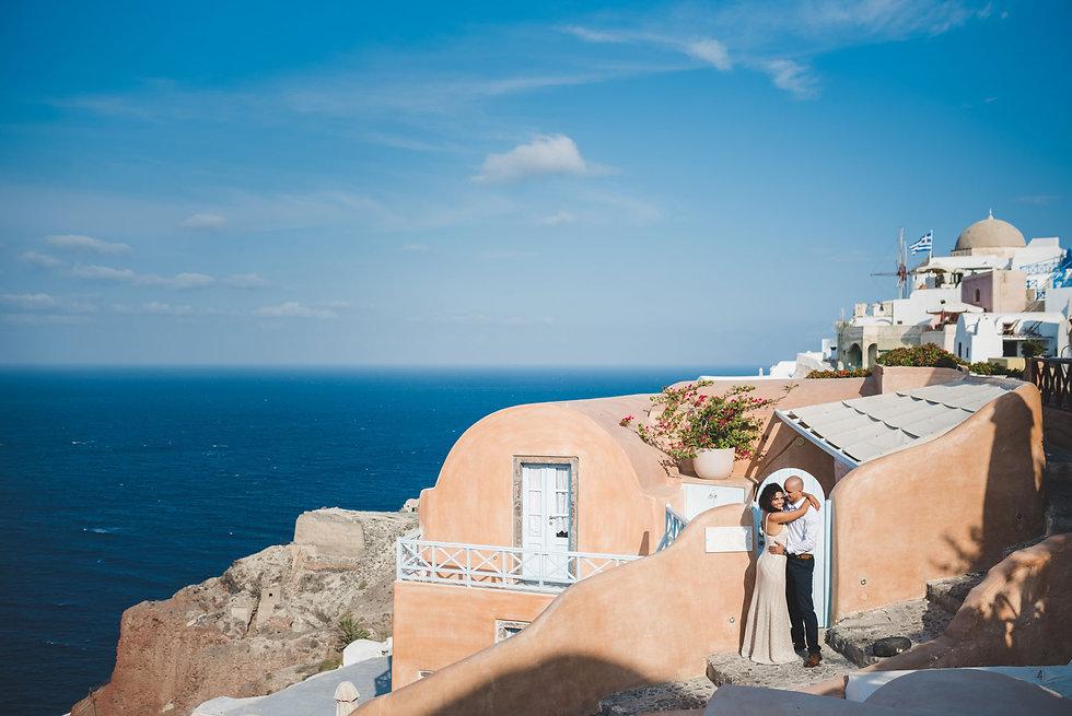 Ensaio de fotos em Santorini do lindo casal Paula e Gustavo