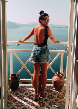 Luana Sarantopoulos em Santorini