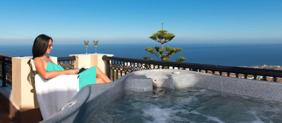 10 hotéis bons e baratos em Santorini!