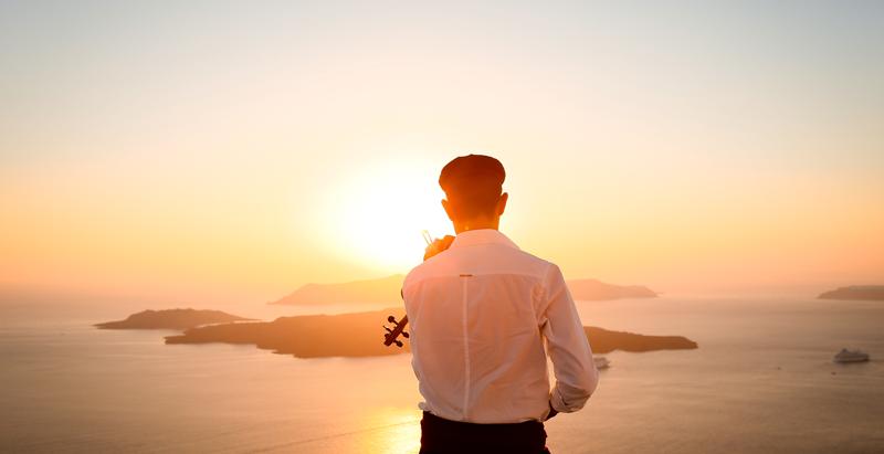 Como funciona e quanto custa casar em Santorini?