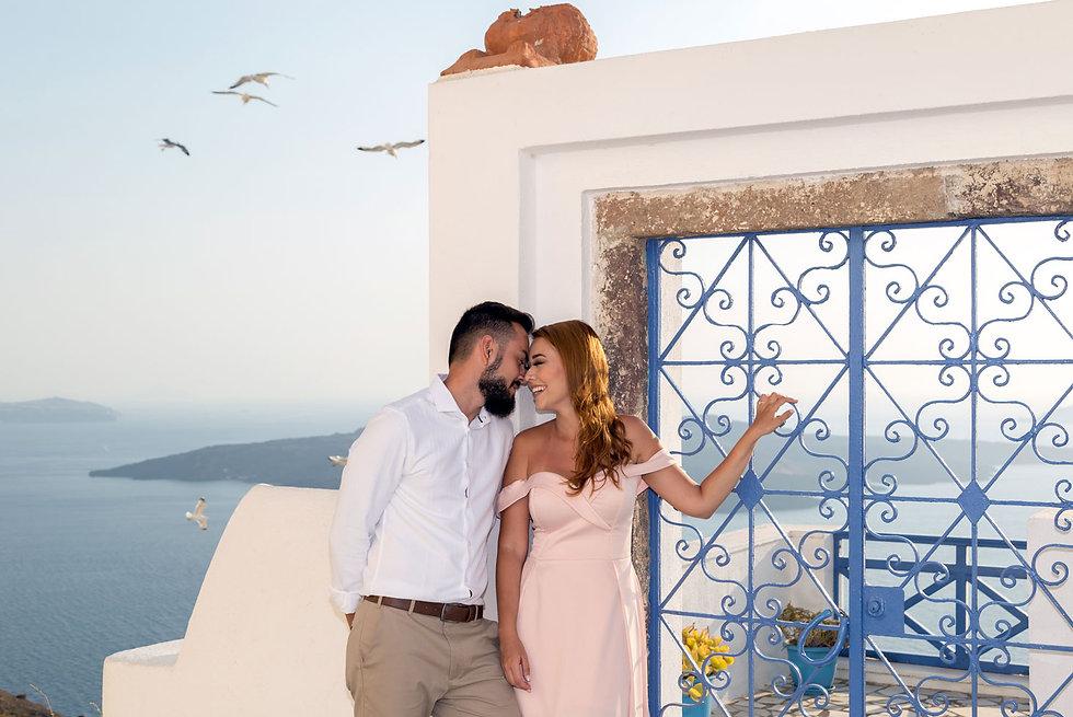 Ensaio de fotos em Santorini do lindo casal Jéssica e Matheus