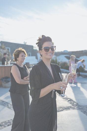 Equipe Assessoria e Cerimonial Planner assesora de casamento brasileira na Grecia Casar na Grécia Casamento em Santorini