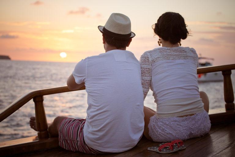 grecia dating Caut divorțate fete din Constanța