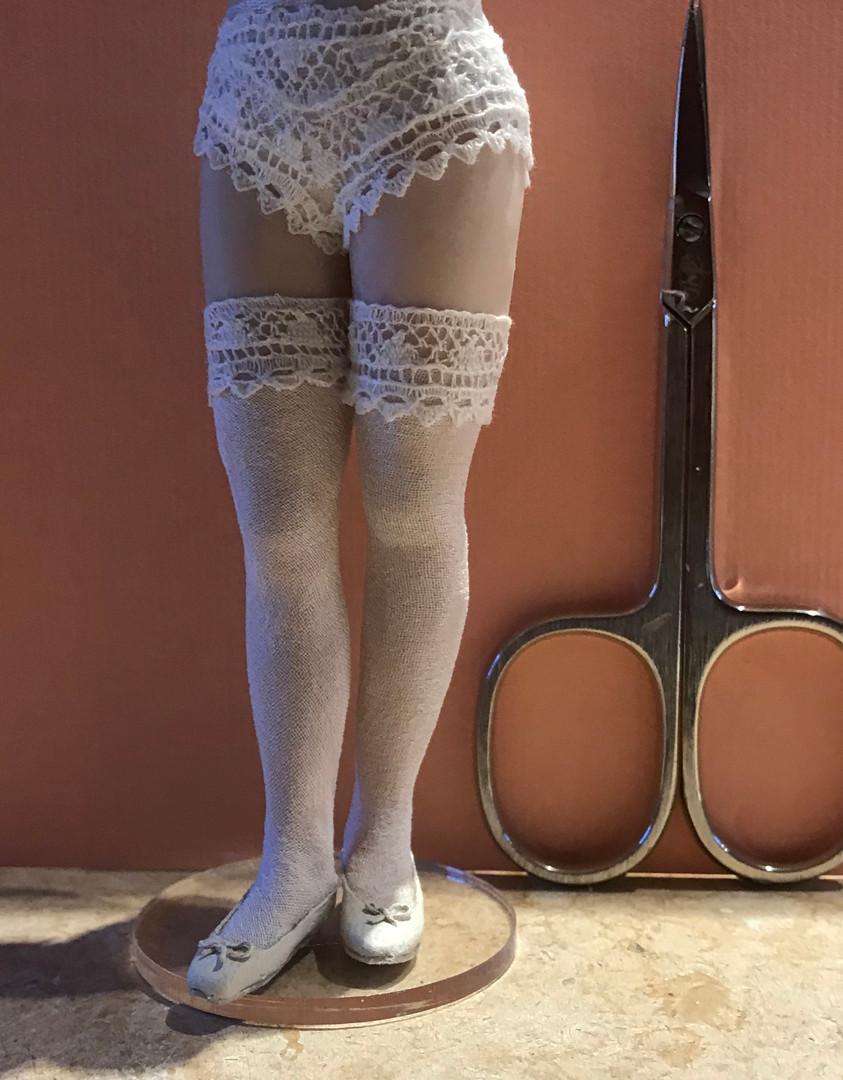 her legs