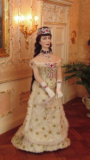 Empress Elisabeth in her ruby dress