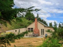 External View at The Lake Heron Cottage - Lake Heron Station