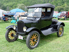 Ford_1920_Model_T_Roadster