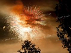 Hinesburg_Fireworks_thru_Smoke_n_Trees_0144_070412.jpg