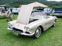 Chevy_1962_Corvette