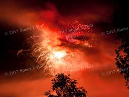 Hinesburg_Fireworks_thru_Smoke_n_Trees_0142_070412.jpg