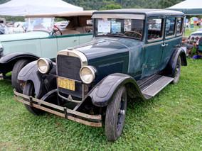 Dodge_Bros_1928