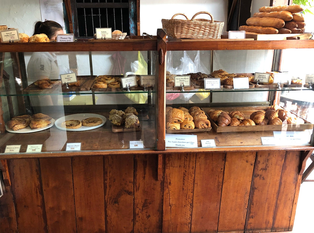 le banneton french cafe bakery bread laos luang prabang