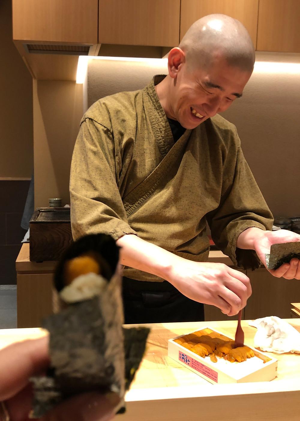 uni sea urchin handroll maki