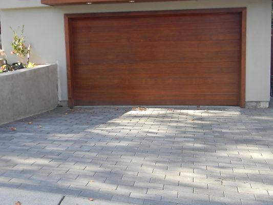 San Mateo modern driveway.JPG