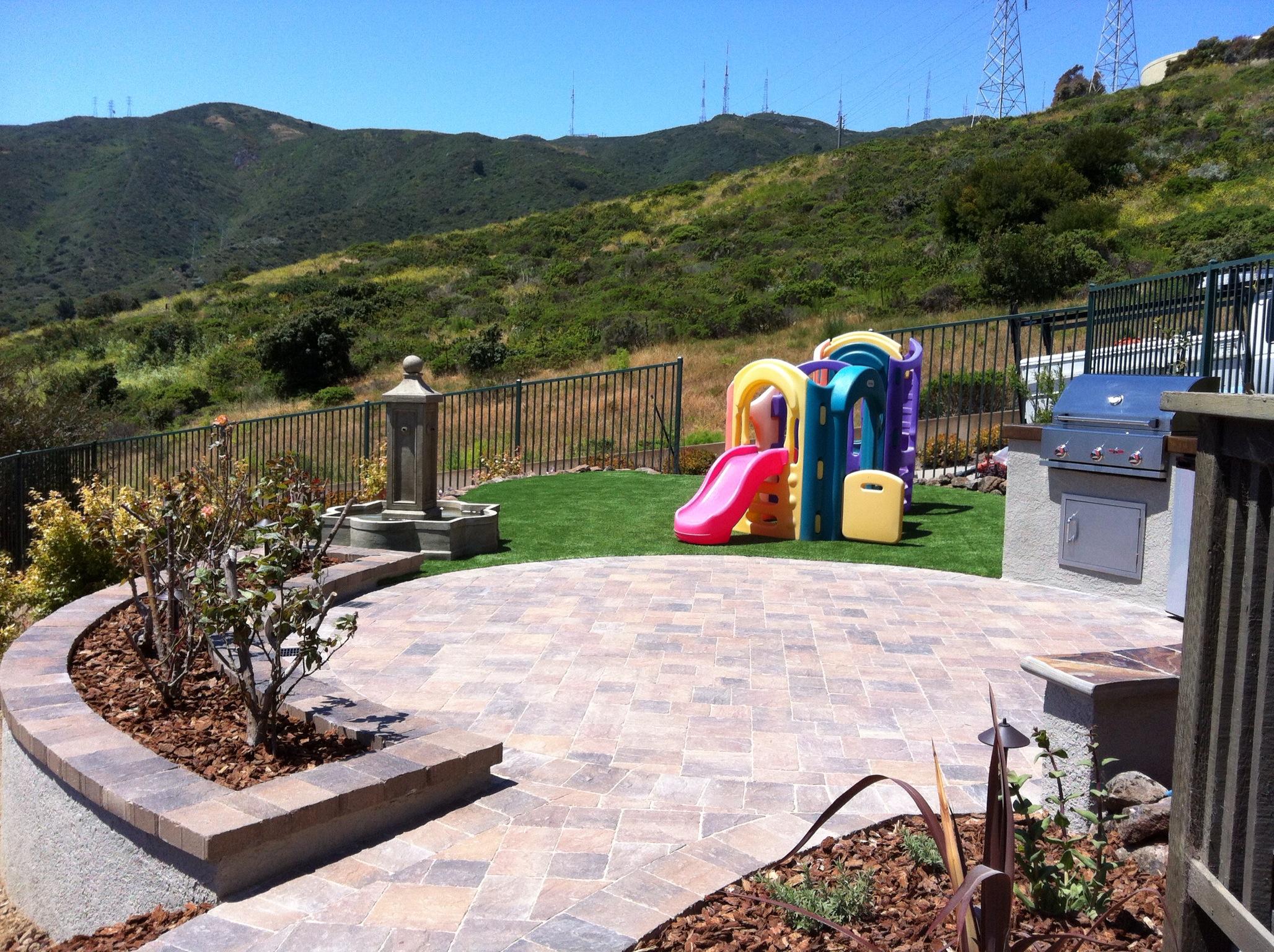 Family Friendly Backyard, Brisbane, CA-DPG.Design-paver-patio