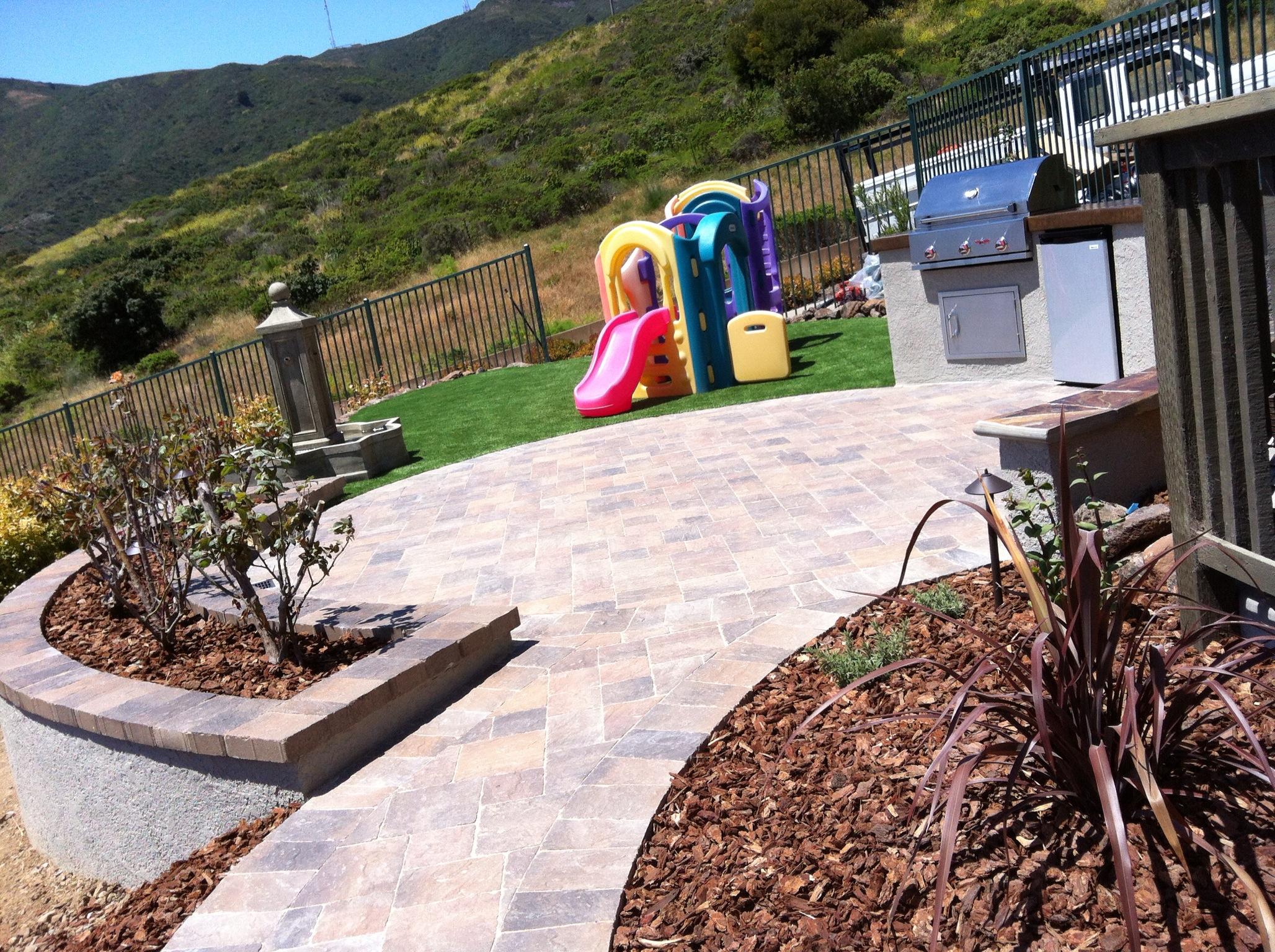 Family Friendly Backyard, Brisbane, CA-DPG.Design-raised-planter-bed