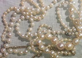 jewelry_small.jpg