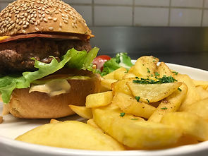 Burgers XL maison - Brasserie Le Rétro