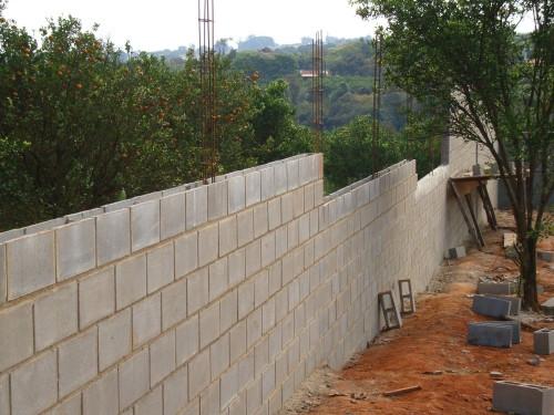 Muro de blocos de concreto.jpg