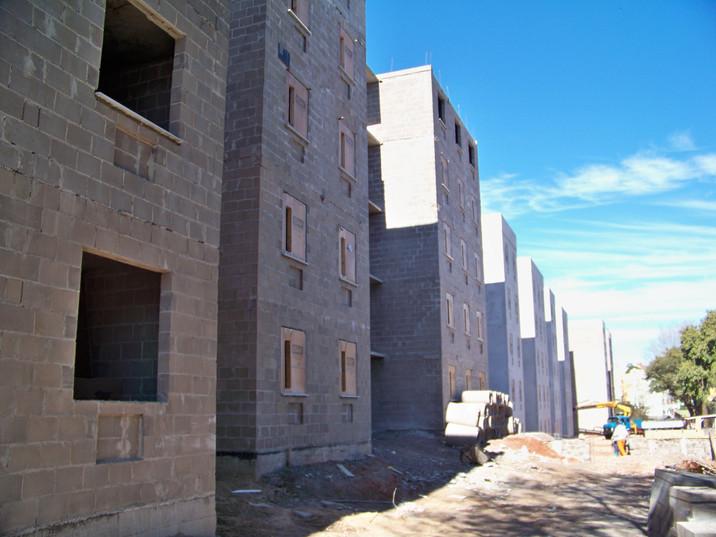 Edificios em alvenaria estrutural.JPG