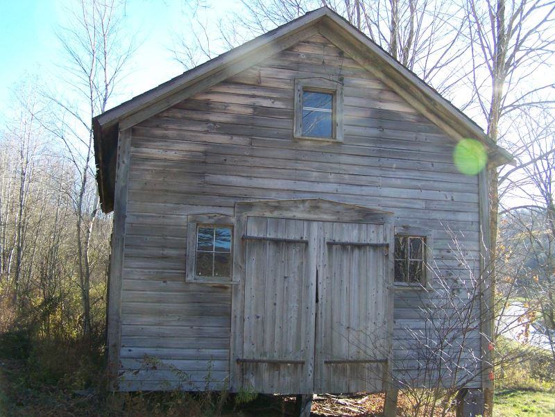 1880s Vintage Barn