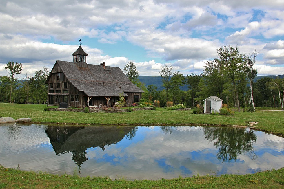 Green mountain timber frames vermont barn homes for New england barns for sale