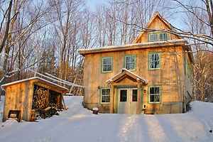 Small timber frame home in Vermont Woods