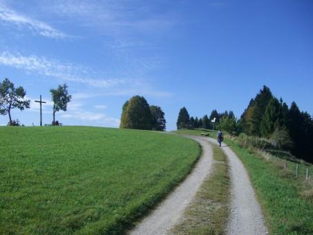 Un Chemin de Croix à vélo ou à pied dans la commune de Nassogne (Nassogne-Masbourg-Forrières-Ambly)