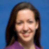 Lara Headshot.jpg