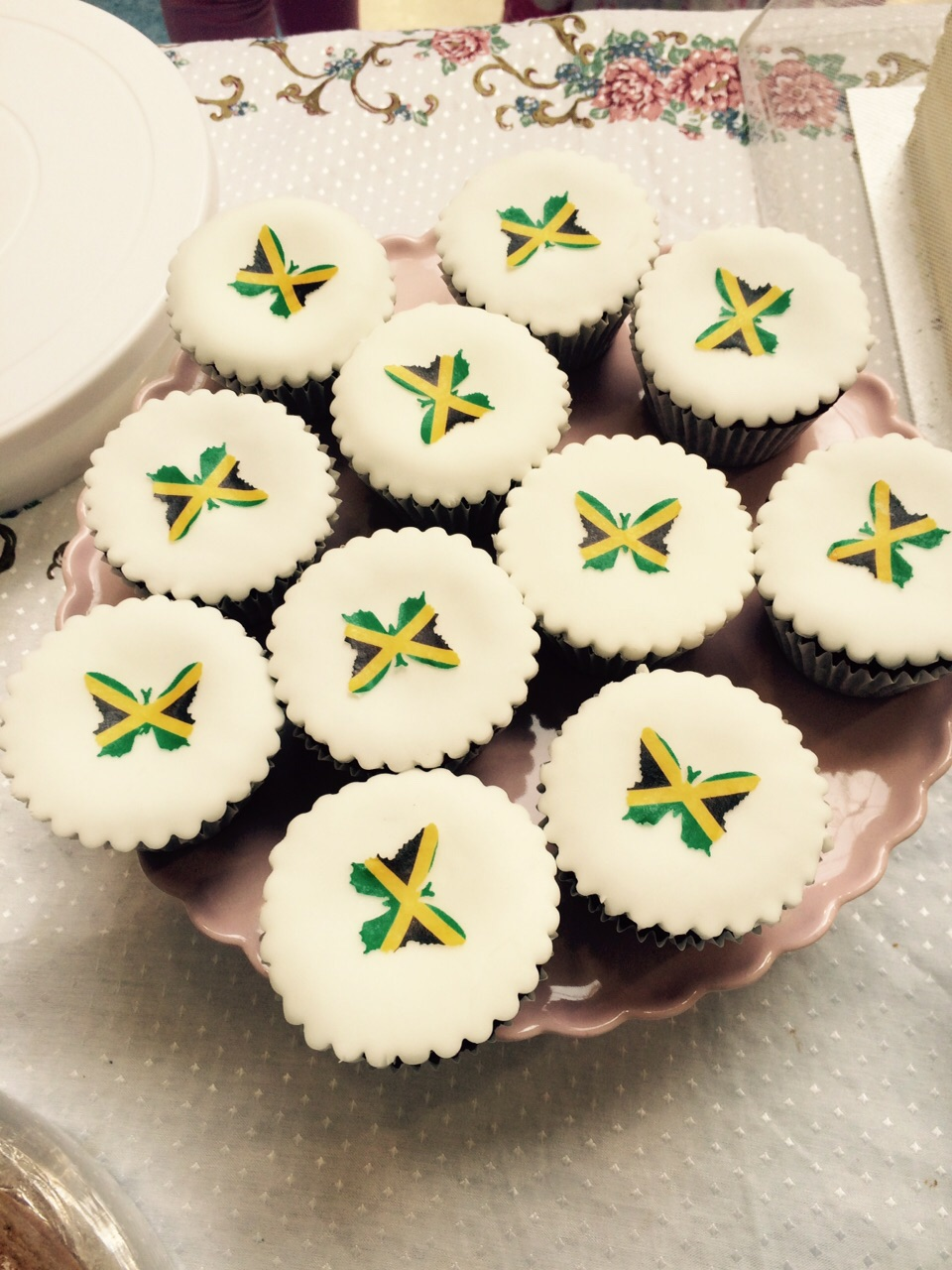 Jamaican Themed Cupcakes