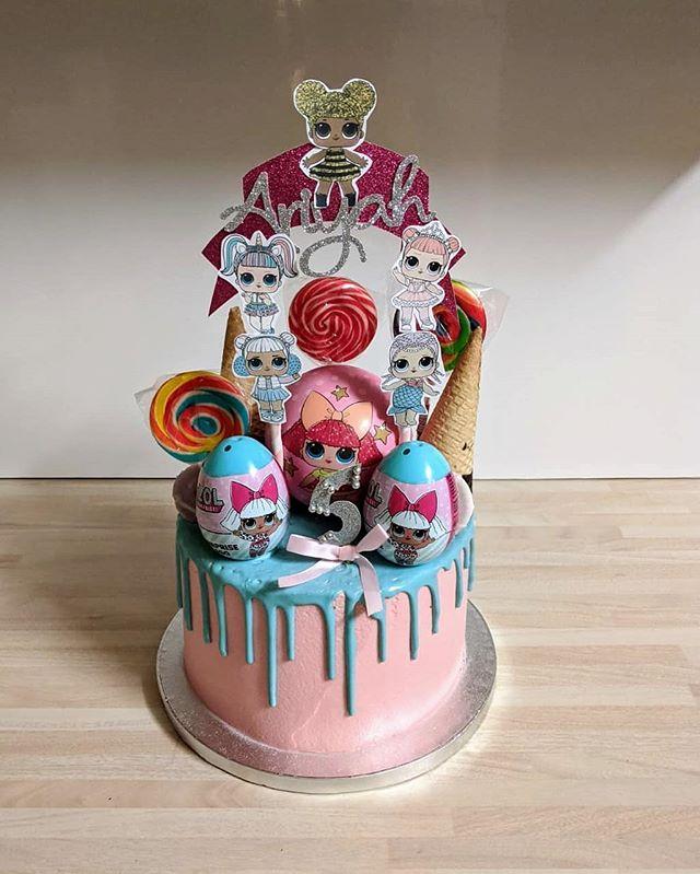 LOL Suprise Cake