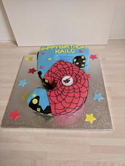 spiderman-no5-cake