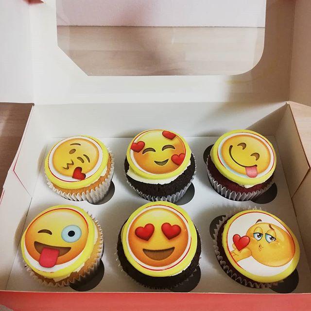 Emoji valentine's special mixed box__#em