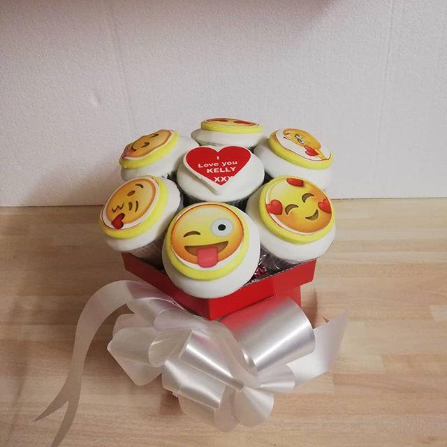 Emoji cupcake bouquets__#cupcakegiftbox