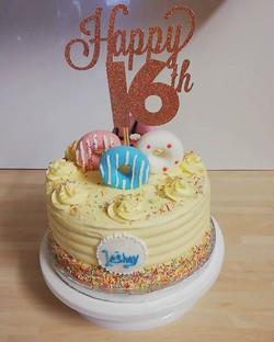 Funfettie cake with mash mellow doughnut