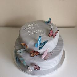 #2tier cake#butterflycake#victoria spong