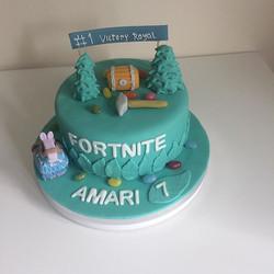 #fortnite game cake#redvelvet cake#merce
