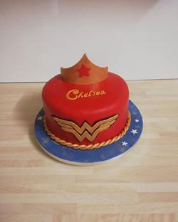 Wonder woman, red velvet and vanilla cak