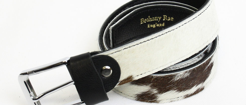 The Blandford Cowhide Belt - White with Black