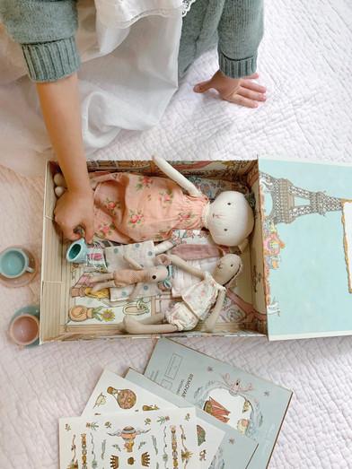 Gift-Box-in-Play-1152x1536.jpg